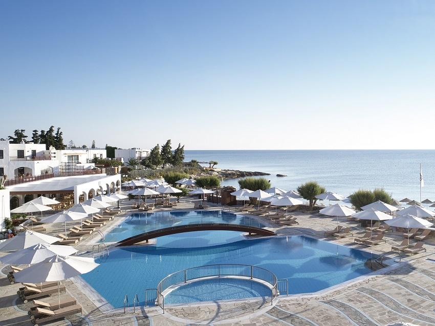 4-creta-maris-main-pool